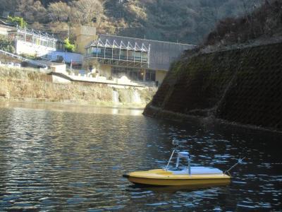 (日本語) 無線遠隔操縦等の小型船舶による高精度深浅測量システム